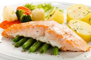 5 alimentos saludables que te ayudarán a bajar de peso